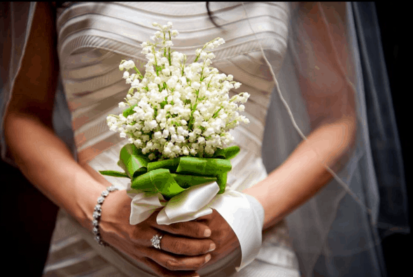 lily-of-the-valley-wedding-bouquets