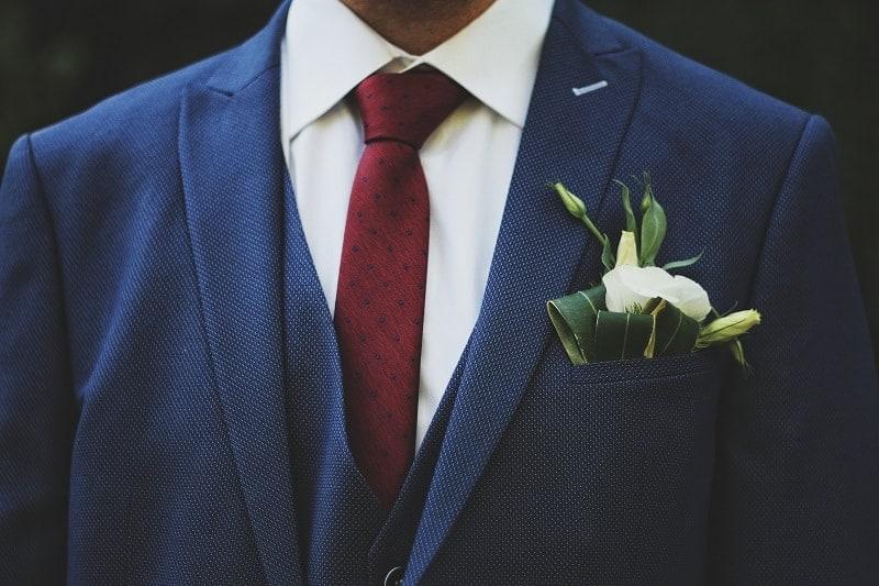 Winter groom style